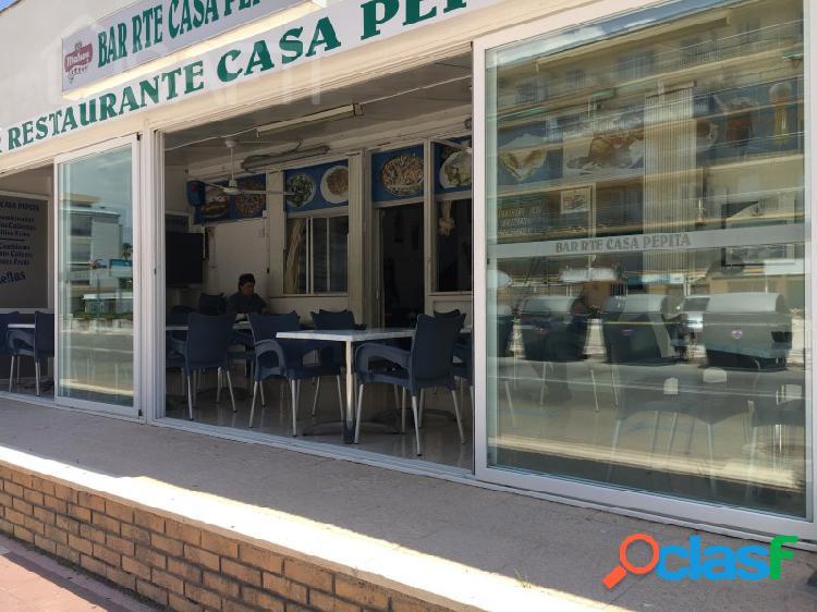 Restaurante en venta activo en segunda linea de mar