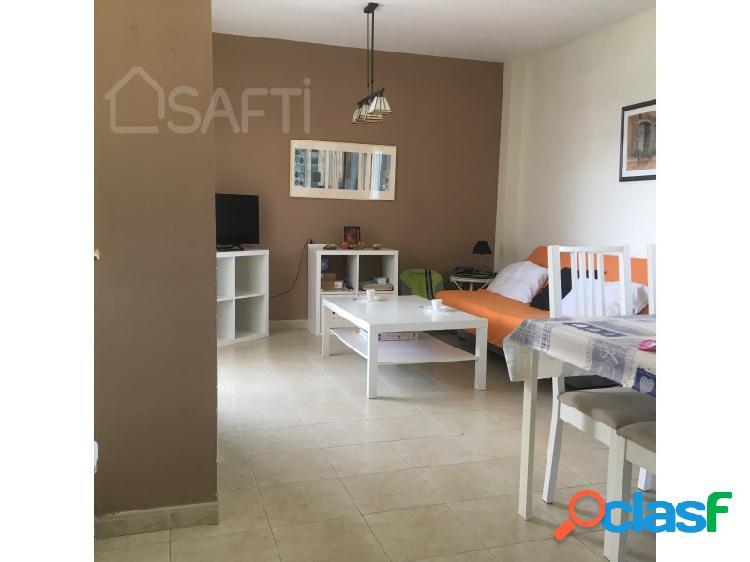 Si busca una vivienda luminosa, completamente reformada y en una zona residencial.... esta es su casa!