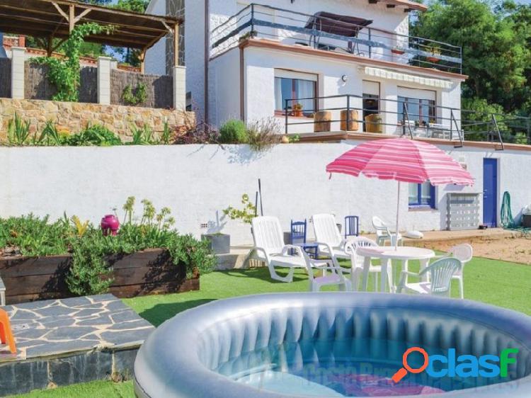 Villa con Vistas Mar. 2 plantas: 4 Habitaciones. 2