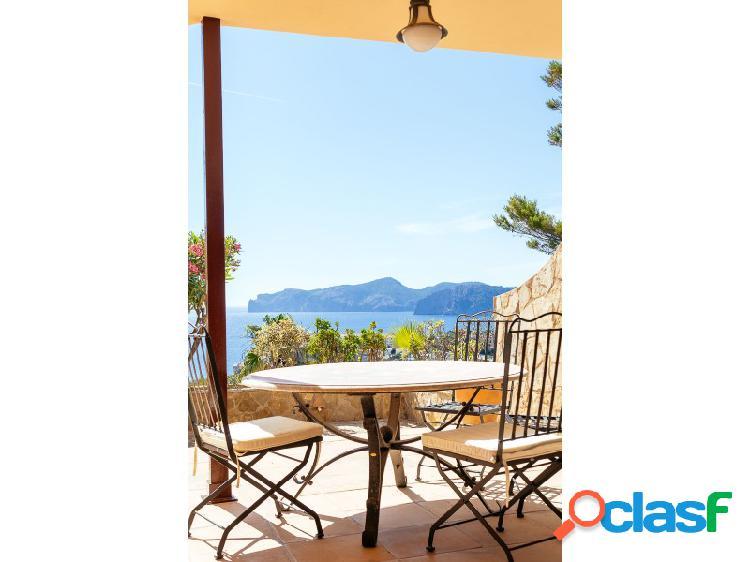 Attractiva casa adosada en st.ponsa 2 habitaciones con vistas impressionantes al mar