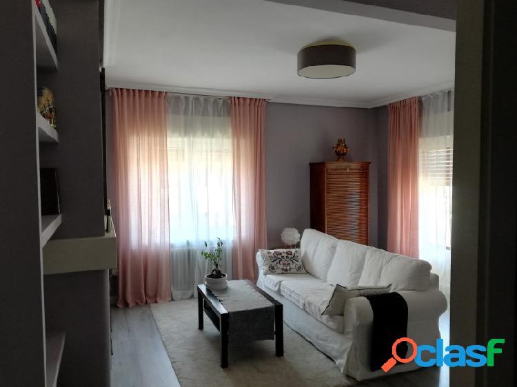 Excelente piso totalmente reformado
