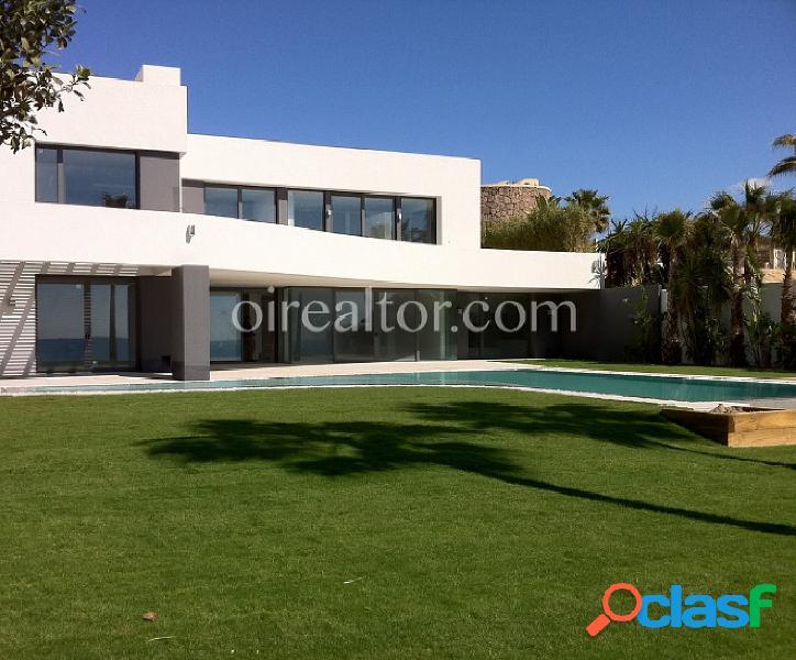 Casa en venta en Los Monteros, Marbella-Málaga
