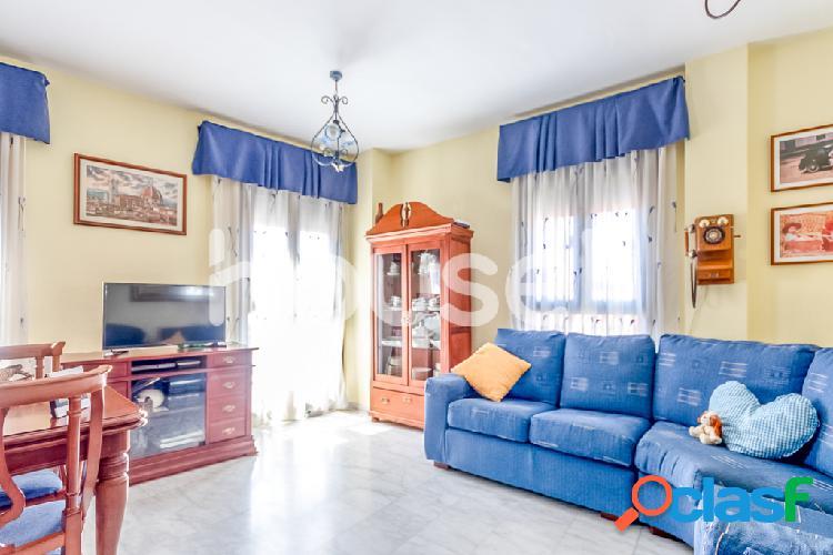 Piso en venta de 137m² en Calle Ceclavín, 10004 Cáceres 1