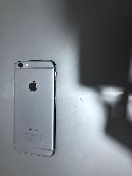 Iphone 6s semi nuevo