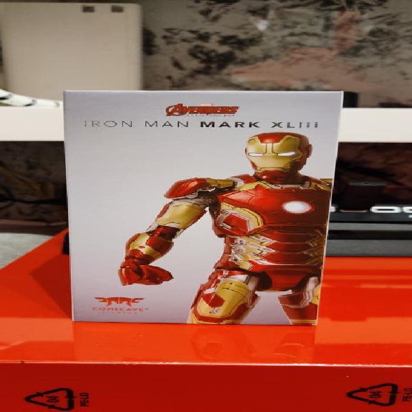 Ironman comicave estudios 1/12 diecast