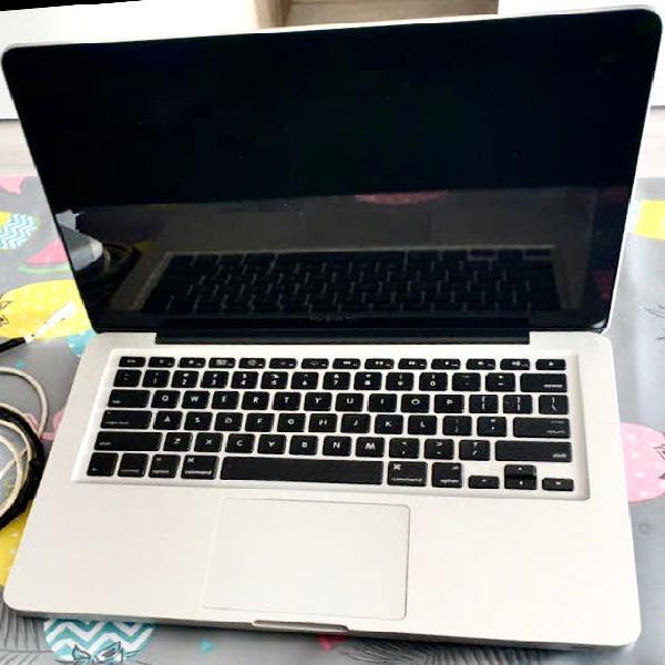 Macbook pro 2011, intel core i7 (para reparar)