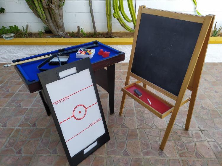 Mesa de billar y pizarra
