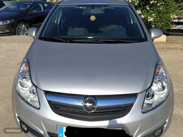 Opel corsa cmon 1.2 de 2009 con 40.000 km por 6.300 eur. en