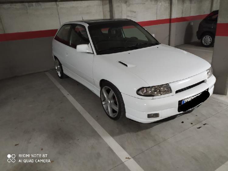 Opel astra gsi 1993