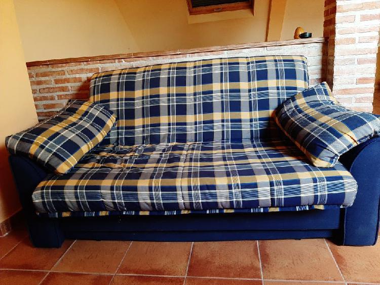 Sofá cama azul y amarillo