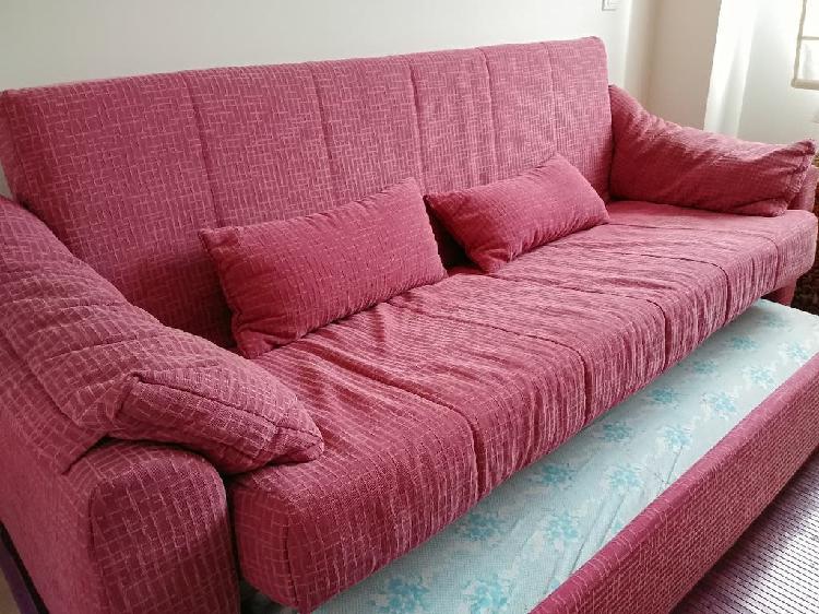 Sofá cama con cama nido