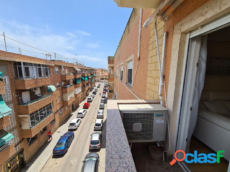 Piso totalmente reformado en Urbanización Mediterráneo 3