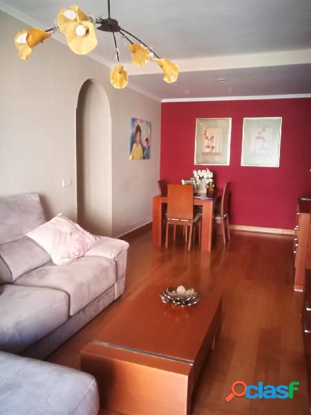 En venta piso 3 dormitorios 2 baños garaje y trastero en la mejor zona de Las Lagunas 1