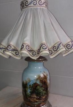 Lampara vintage base de porcelana