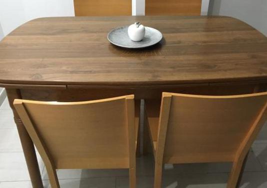Mesa de madera maciza set 4 sillas
