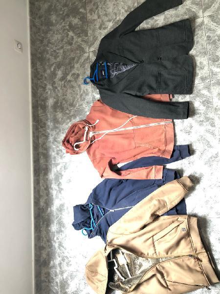 4 abrigos por 35€