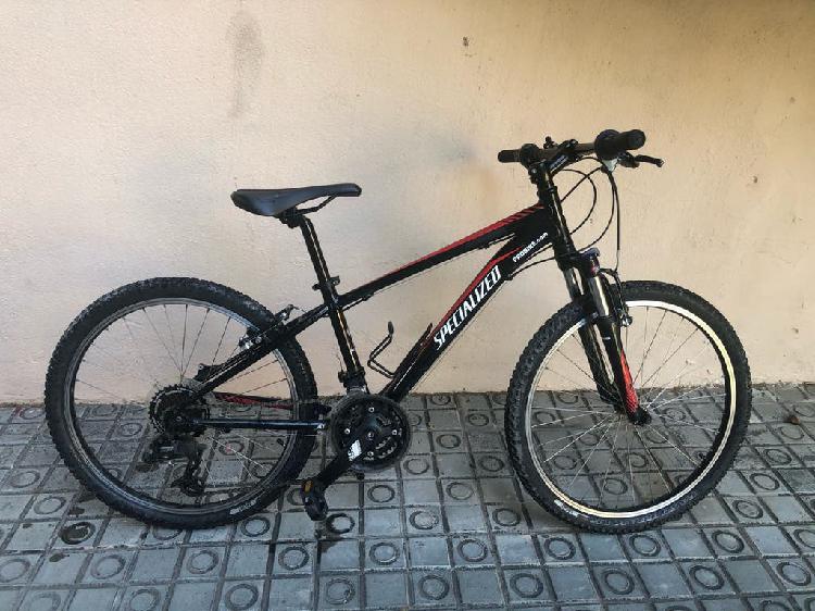 Mountain bike specialized hotrock 24/ xs13