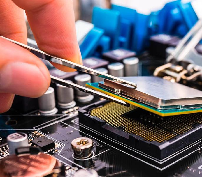 Técnico reparación informático