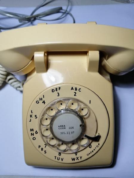 Teléfono americano clásico marca itt