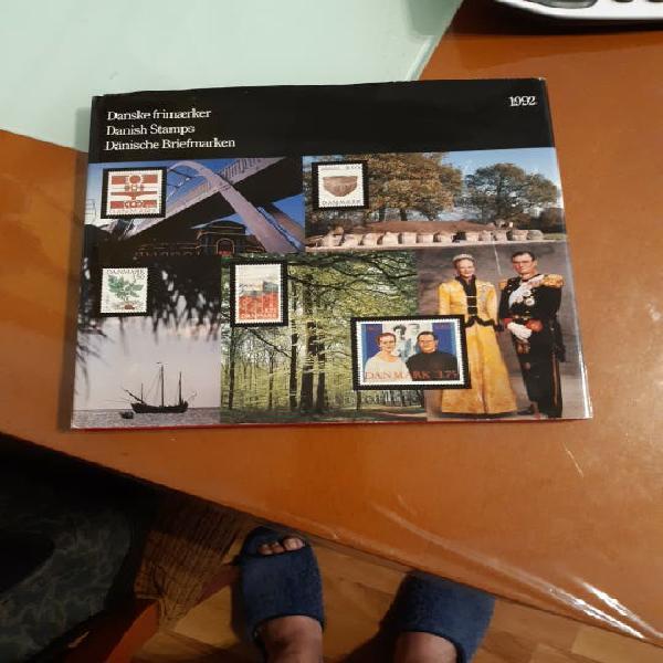 Libro album sellos de dinamarca.