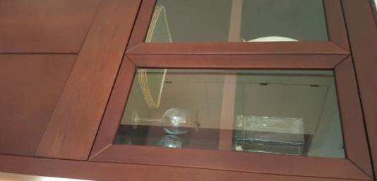 Mueble salon vitrina cristal cuatro puertas