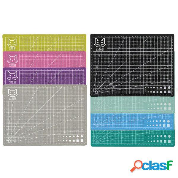A4 placa de esteras de corte de pvc placa de corte de doble cara de grabado hecho a mano herramientas de mano color al azar