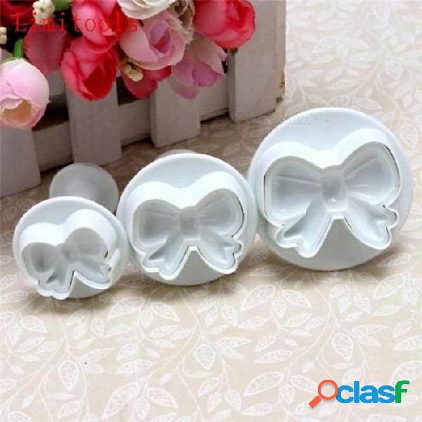 3 unids / set hogar diy arco nudo bakeware flower émbolo cortador moldes en relieve sello fondant cake cookie herramienta de decoración blanco