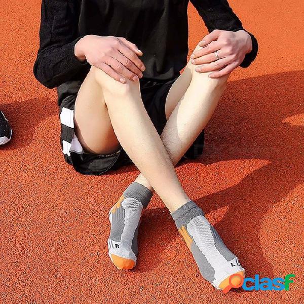 Calcetines cortos profesionales de baloncesto de élite, calcetines de barco de deportes con fondo de toalla transpirable para hombres (1 par / 39-45 tamaño) negro