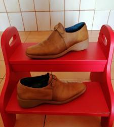 Botines y zapatos hispanitas