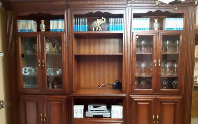Conjunto de salón - comedor de madera maciza