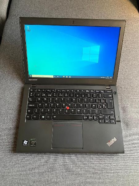 """Lenovo thinkpad x240 12.5"""" i5vpro/ ssd/ win 10/ of"""