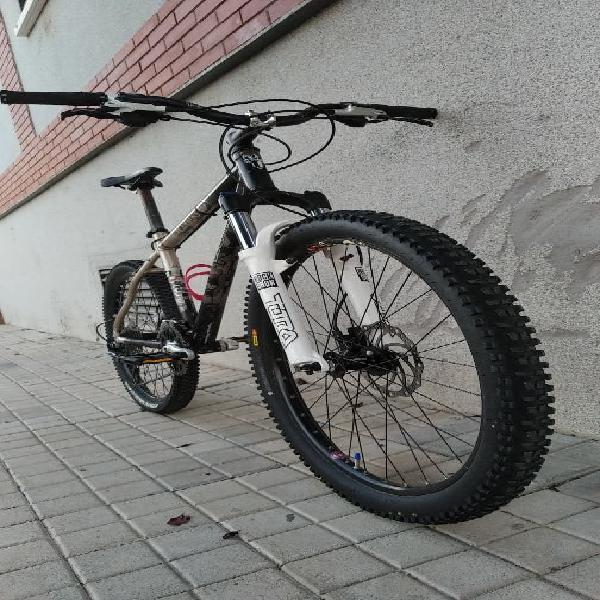 Oportunidad...! bici a precio inmejorable.