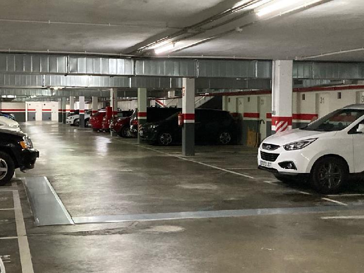 Plaza de parking en poblenou