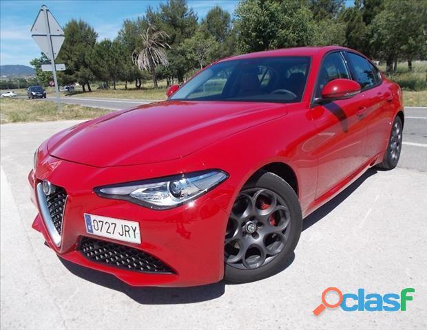 Alfa Romeo Giulia 2.2 Diesel Super 180 1