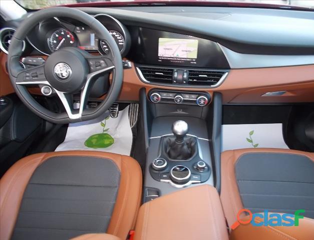 Alfa Romeo Giulia 2.2 Diesel Super 180 2