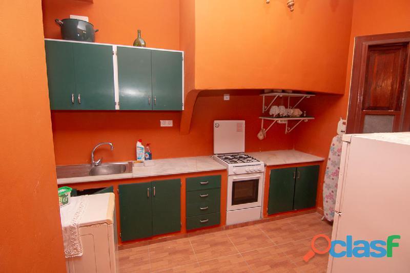 ID 414 Dos pisos en primera planta ideal para sacarles beneficios con las rentas, 1