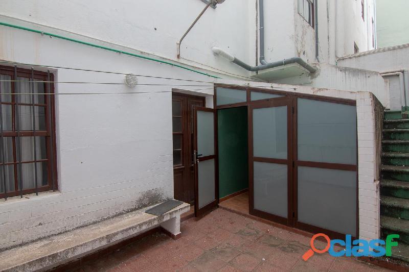 ID 414 Dos pisos en primera planta ideal para sacarles beneficios con las rentas, 2