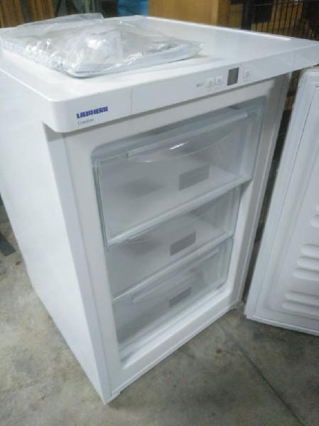 Congelador vertical mini liebherr gp1213