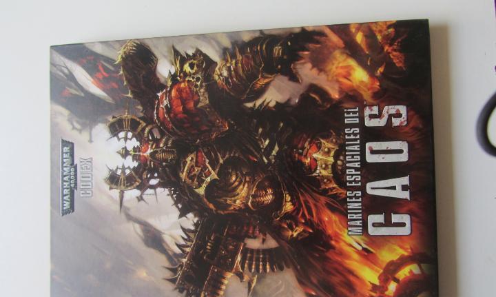 Fantasia warhammer marines espaciales caos 40000 tapa dura