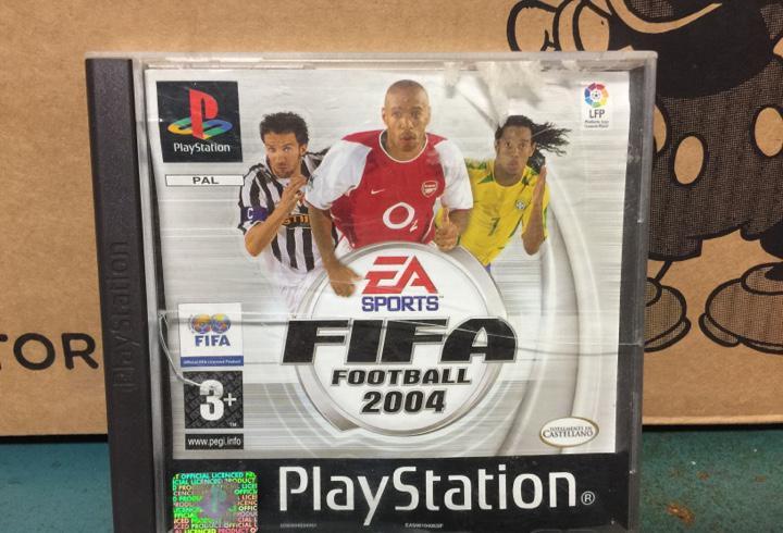 Fifa football 2004 futbol juego ps1 play station playstation