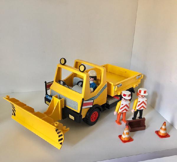 Playmobil camión quitanieves con figuras