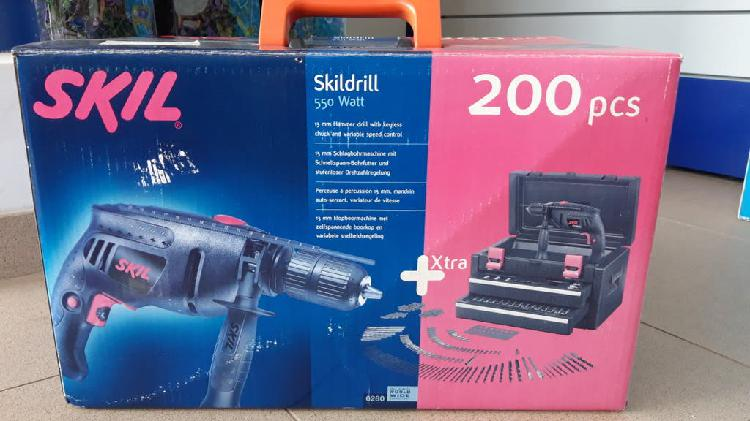 Taladro de percusión skil + maletín 200 piezas