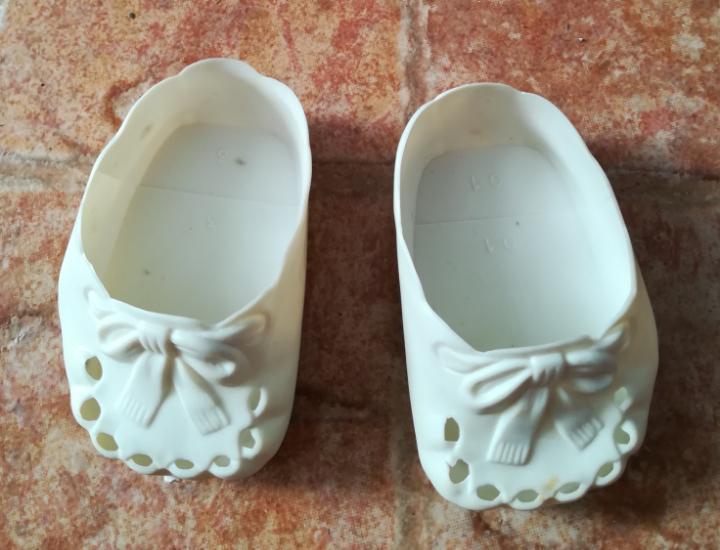 Zapatos muñeca antigua sirven a nenuco o baby born