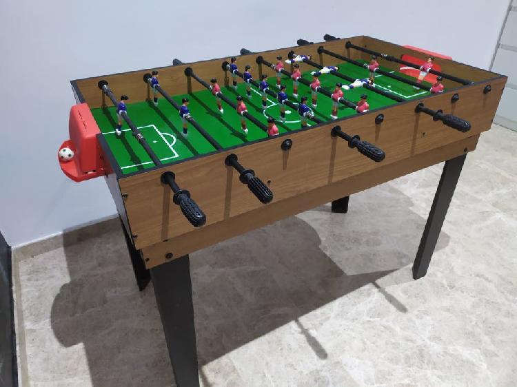 Futbolín, billar, jockey, ping pong, bolos