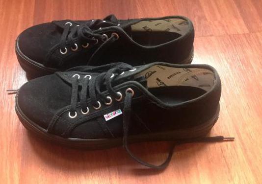 Zapatillas Victoria Barcelona. Talla 38