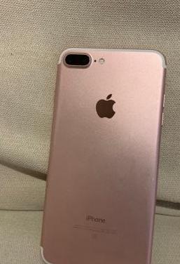 Iphone 7 plus rosa 32 gb, cargador y cascos libre