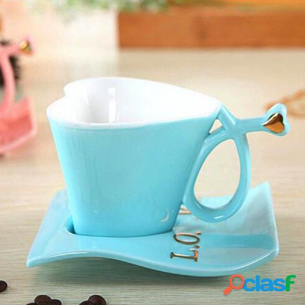 Forma de corazón de moda taza de cerámica creativa tazas de café conjunto taza de café + platillo ama taza de té conjunto para pareja tazas regalo