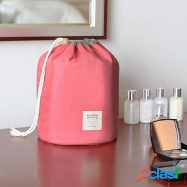 Bolsa de cosméticos de viaje de gran capacidad con forma de barril bolsa de lavado de nylon con bolsa principal / mini / pvc - rojo