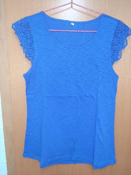 Camiseta bordado mangas azul klein a estrenar