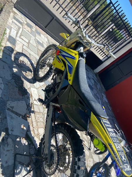 Motos de cross 250 rmz